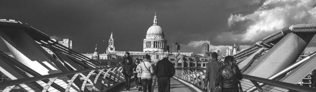 negative-space-crossing-bidge-cloudy-day-london
